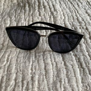 Cat eye black & silver sunglasses